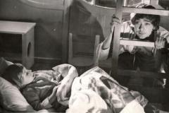 """На съемочной площадке фильма """"Усатый нянь"""" 1977 г. Иннокентий Петрович рассказывает мне сказку"""